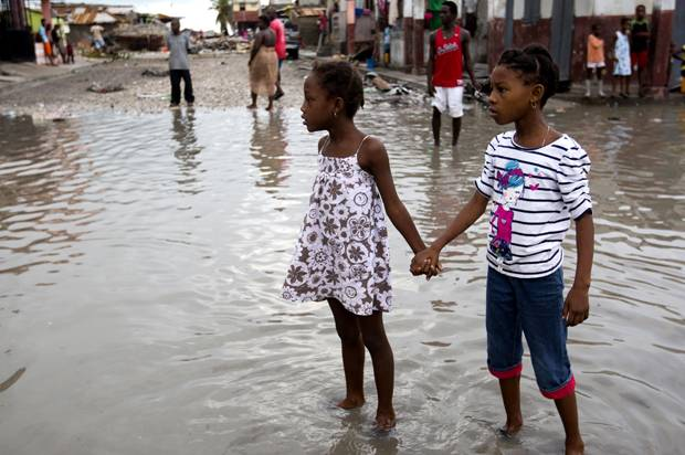 haitian-kids-amid-hurricane-matthew-destruction